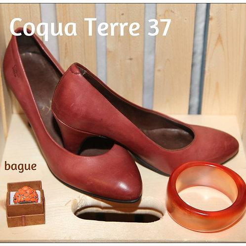 souliers bruns Coqua Terra tout cuir. Taille 7