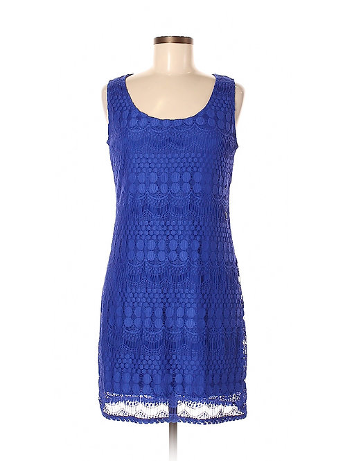 robe bleue Tiana b. medium blue lace dress