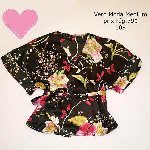 blouse kimono noire fleurie Vero Moda médium
