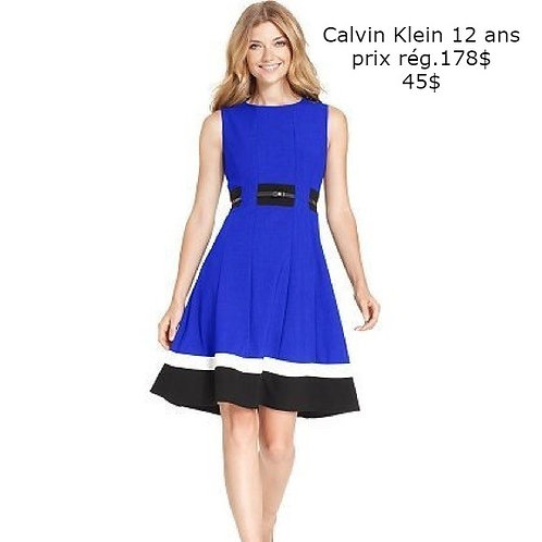 robe Calvin Klein bleu blanc noir 12 ans large