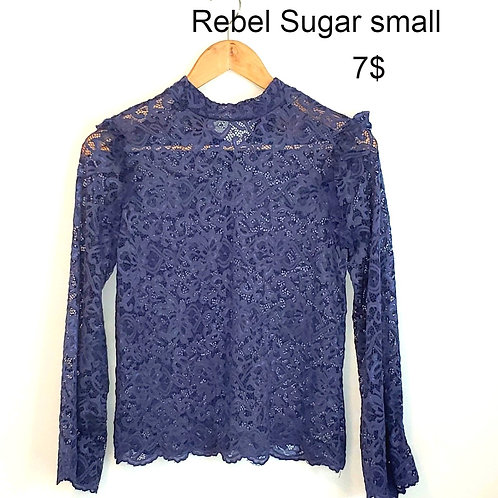 chandail dentelle bleu small Rebel Sugar