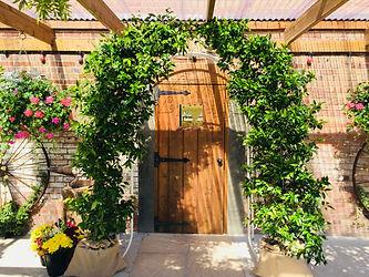 Longthorns Farm weddings, foliage arch