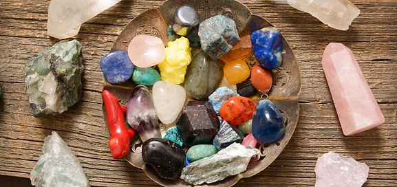 850_400_multiple-semi-precious-gemstones