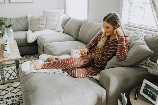 Cozy Gift Guide for the Homebody