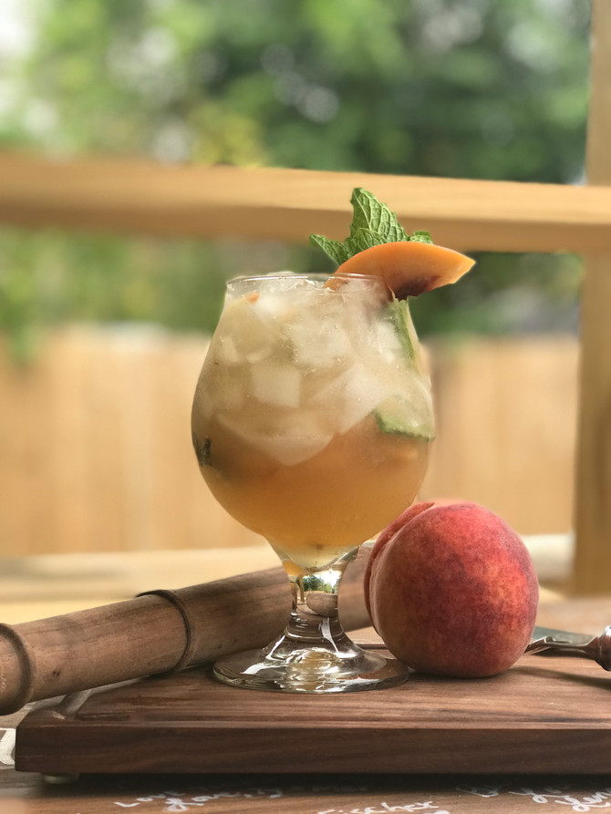 Peach Whiskey Smash