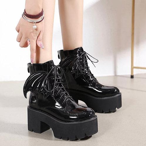 Draculaura Boots
