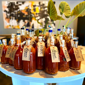 Jimmy'z Kitchen pique (hot sauce)