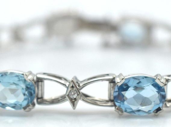 Estate Aquamarine and Diamond 18k White Gold Bracelet 19.1 Grams