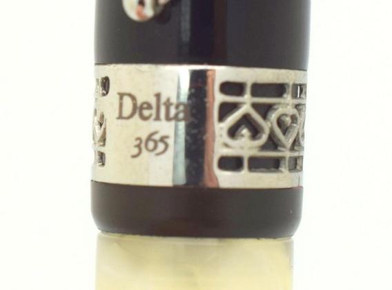 Delta 365 Black Resin/White Quartz 18K White Gold Broad Pt Nib Fountain Pen