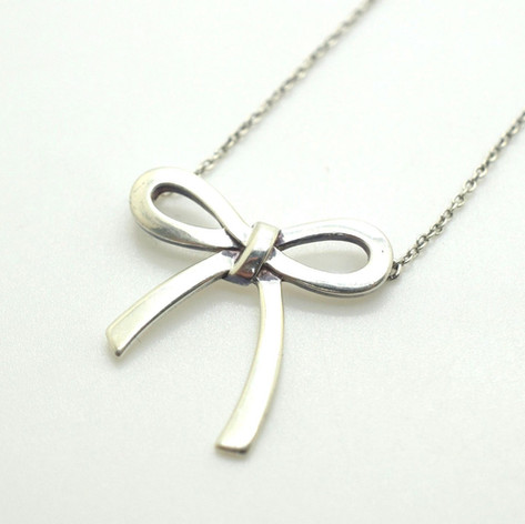 "Tiffany & Co.925 Sterling Silver Large Bow Necklace Appx. 1"" Pendant & Chain 16"""