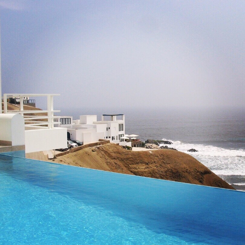 Modern Vacation Home Pool