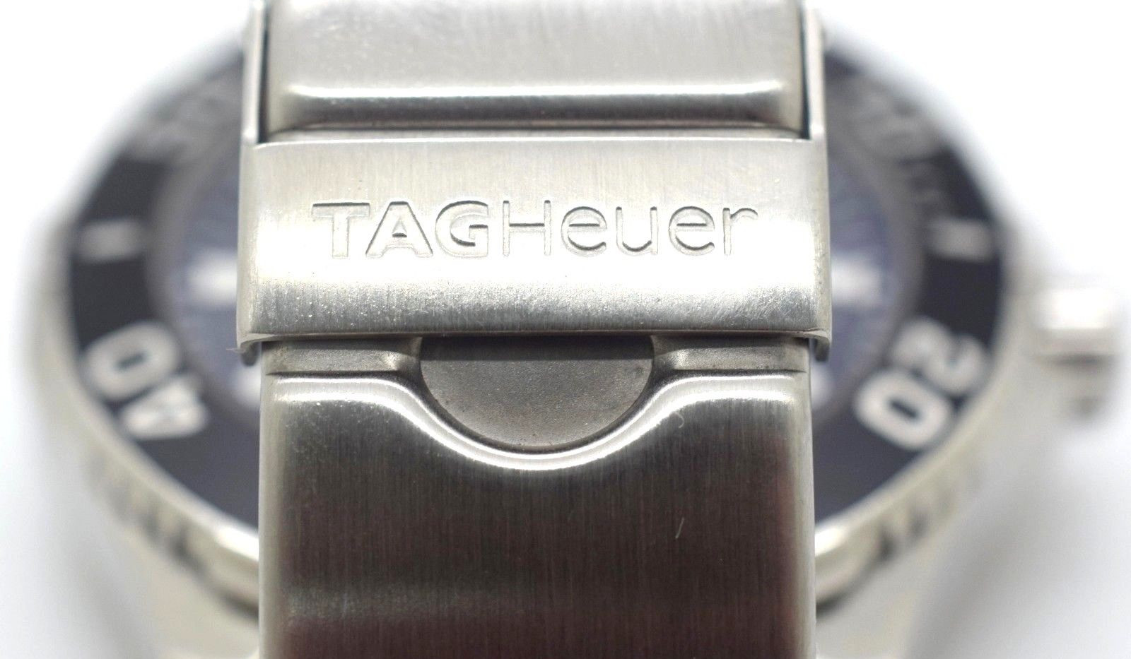 TAG Heuer Calibre 5 Aquaracer WAN2110 Wrist Watch for Men