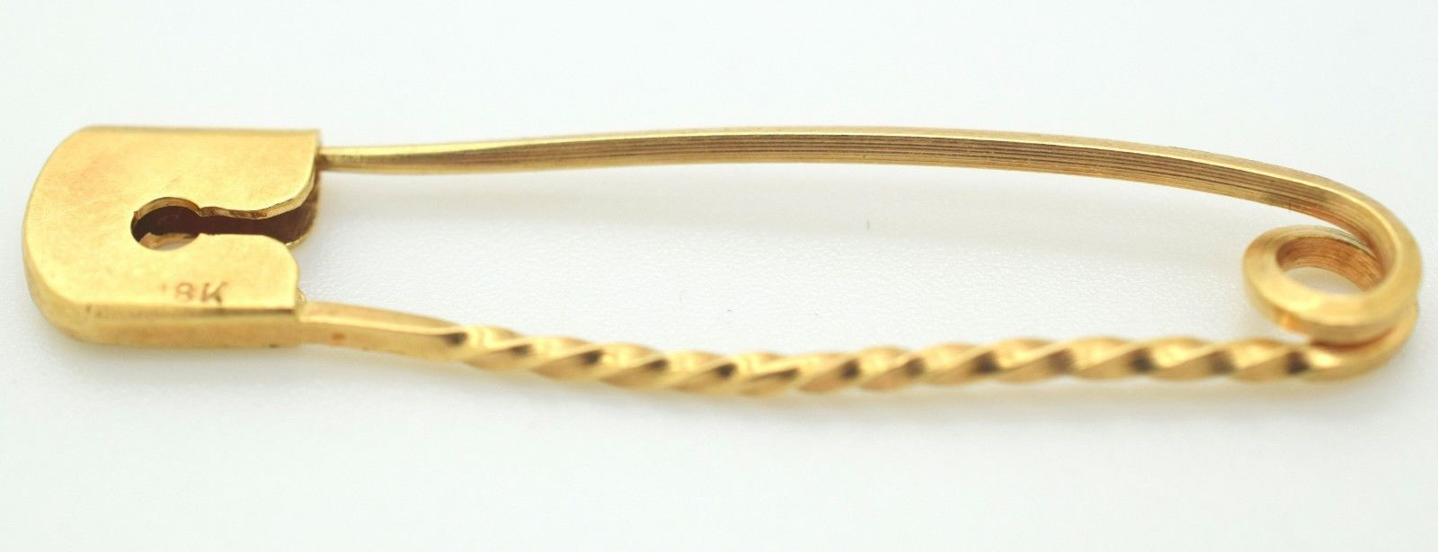 Estate 18k Yellow Gold Safety Pin Twisted Design 2.4 Grams