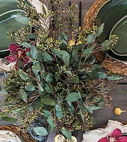 Green Rhapsody Flower Scene