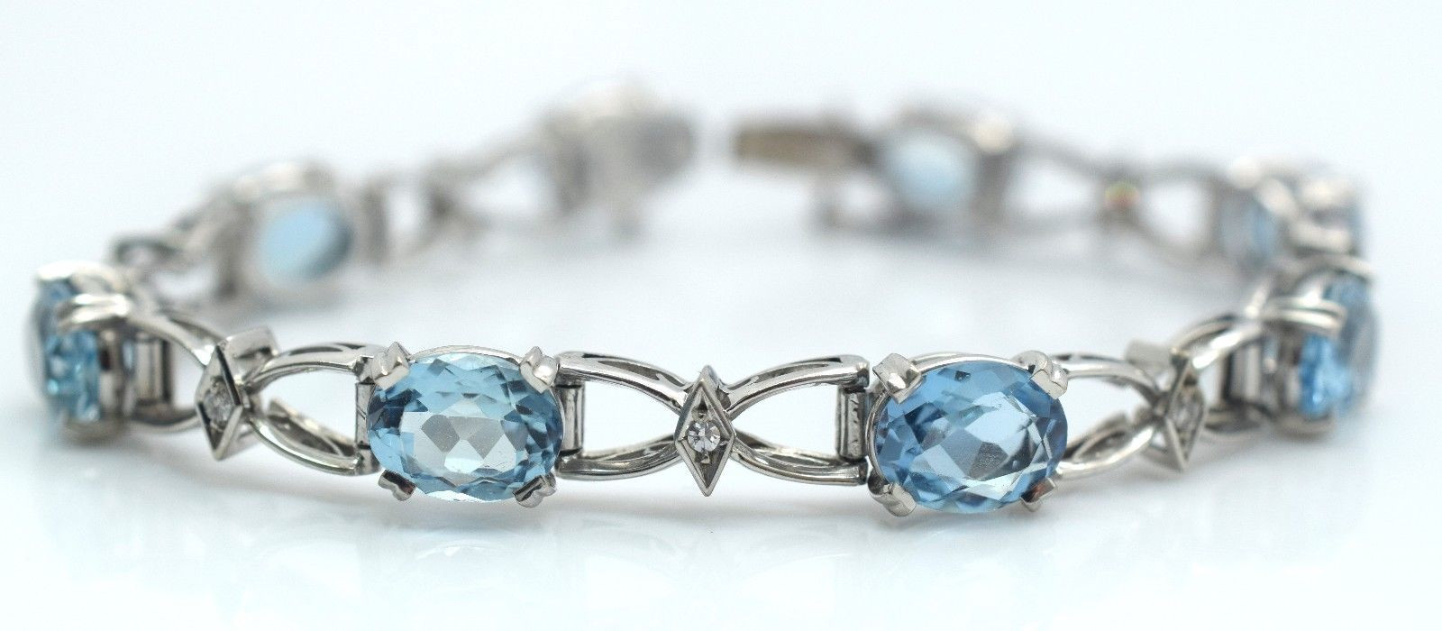 Estate Aquamarine and Diamond 18k White Gold Bracelet 19.1 Grams