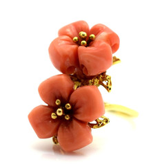 Vintage Coral Flower Ring 18k Yellow Gold 9.9 Grams Size 5.5