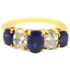 Sapphire and Diamond 18 Karat Yellow Gold Estate Ring 1.50 Carat