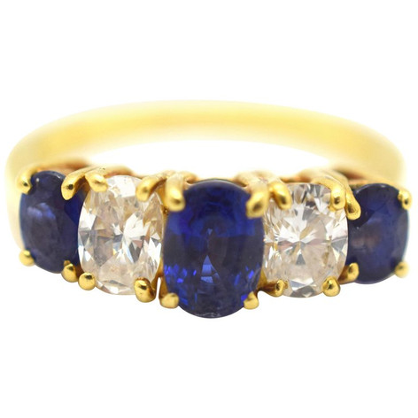 Sapphire and Diamond 18 Karat Yellow Gold Estate Ring 1.50 Carat