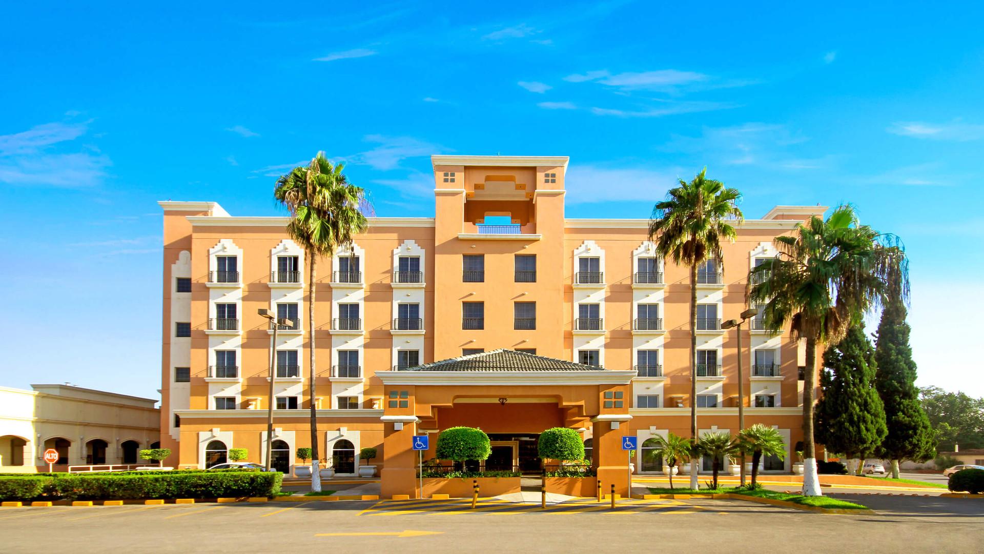 Fachada Hotel iStay Ciudad Victoria