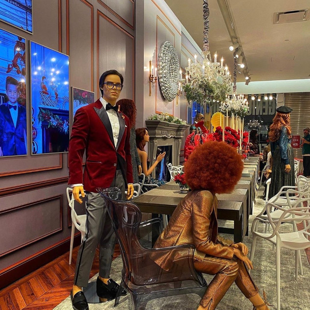 Neiman Marcus Holiday Insotre Display 2019