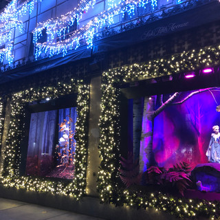 Saks 5th Ave Disney Frozen 2