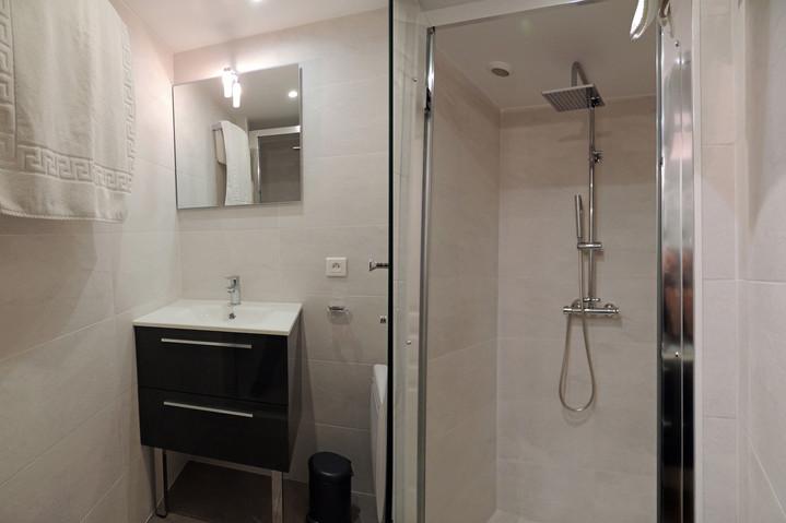 25- GM-9- Salle d'eau de la chambre 4 (1