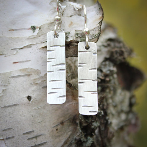 Short birch bark earrings in silver