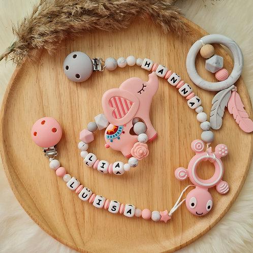Set Babygeschenke personalisiert Geschenkset rosa marmor Nuggikette Schnullerkette Greifling Beisskette Silikon Wunderdinge