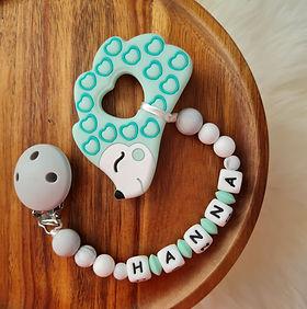Beisskette personalisiert mit Name Babygeschenke Wunderdinge.jpg