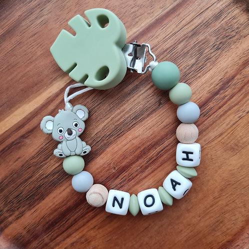 Nuggikette Schnullerkette personalisiert mit Namen Koala olive Holz Silikon Babygeschenke Wunderdinge