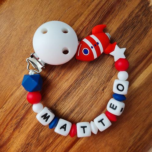 Nuggikette Schnullerkette personalisiert mit Namen Rakete blau rot weiss Silikon Babygeschenke Wunderdinge