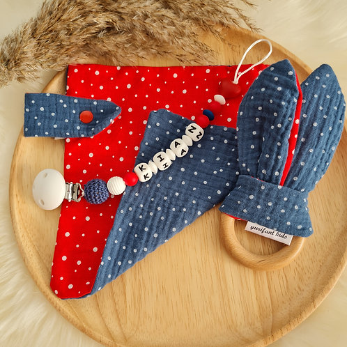Geschenkset Baby Babygeschenk Nuschi Schnuffeltuch Greifling Hasenohren Nuggikette Schnullerkette rot blau weiss Wunderdinge