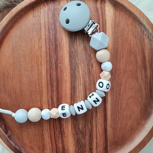 Geschenk Baby personalisiert mit Name Nuggikette Schnullerkette Marmor grau Holz Silikon Geburt Taufe Babyshower