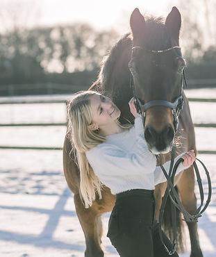 Dita Bowen Photography_Jess and Chloe_horses_030.jpg