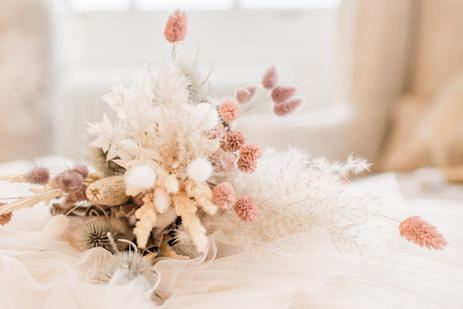 Bourton Hall Bridal photoshoot