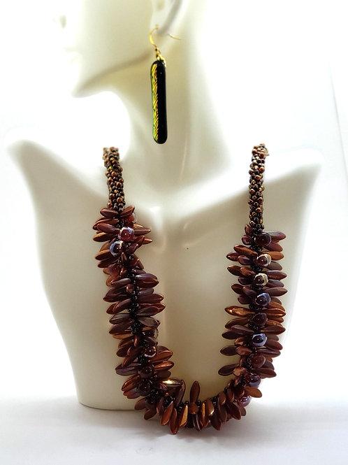 Queen Dagger Necklace & Earring set