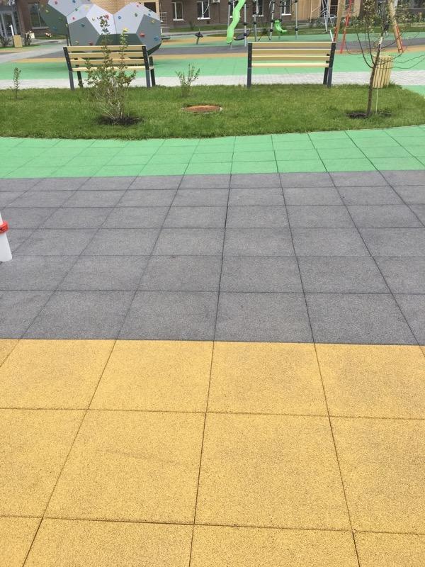 Резиновая плитка из цветной крошки Цветорика