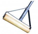 Инструмент для укладки резиновых покрытий