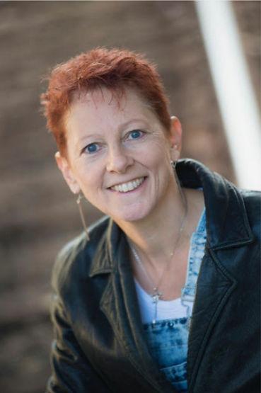 Gail Hollies.jpg