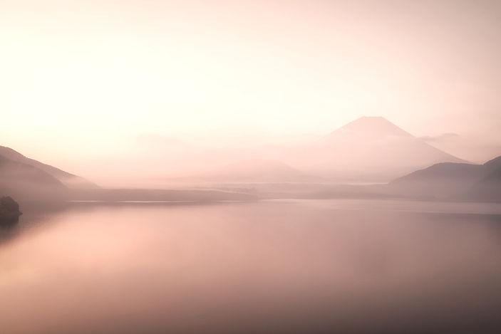 Foggy%20Lake_edited.jpg
