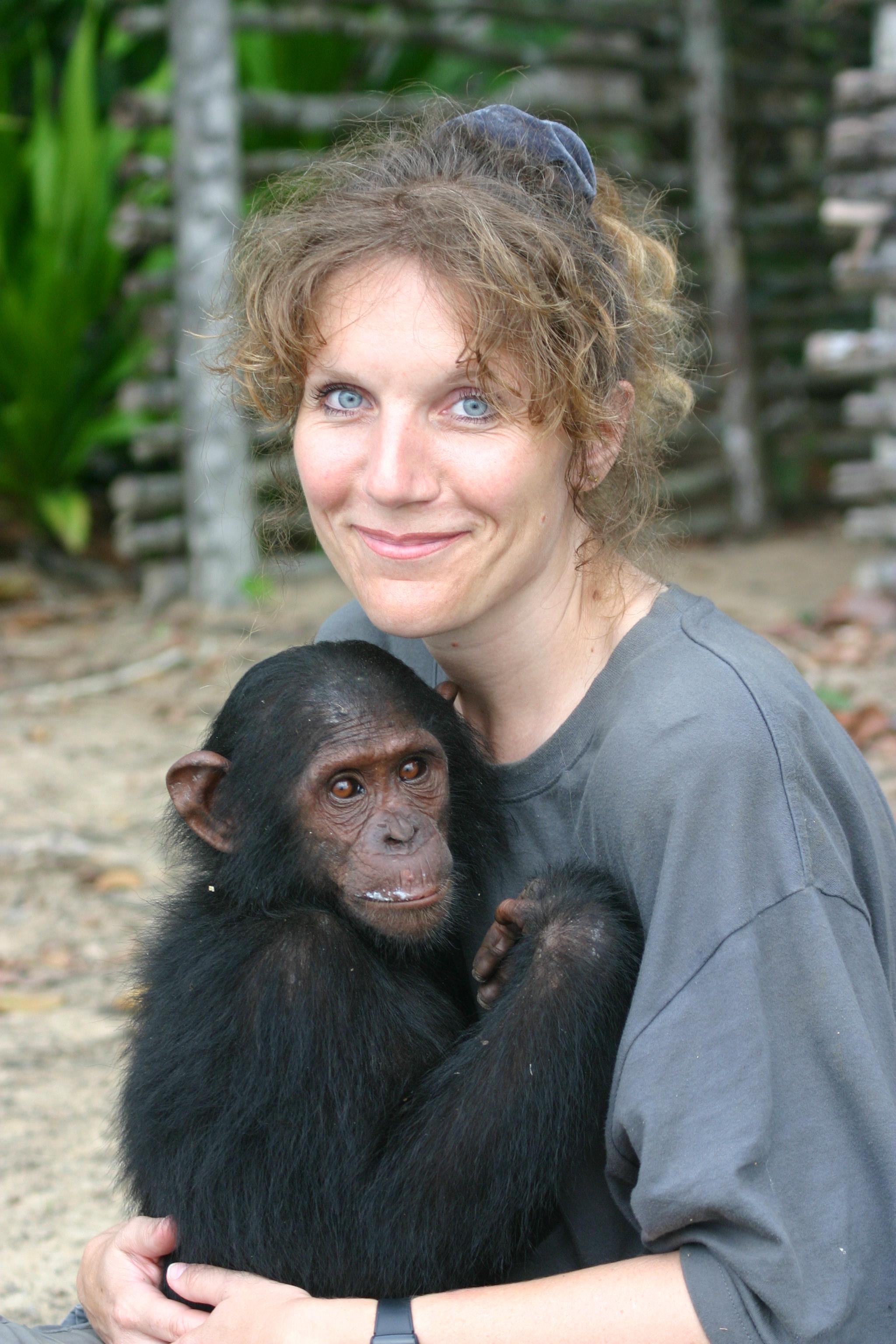 Astrid et Nzigou au Gabon
