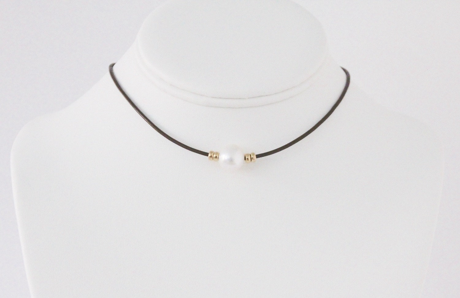 Signature Nene Pearl Necklace With 14k Gold Filled Rondelles (3 Leather  Choices)