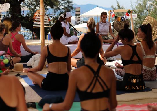 AGAPI HAPPINESS Yoga 4.jpg