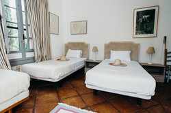 Sambana-rooms-12