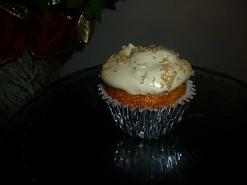 Brown Sugar Spice Cupcake with Vanilla Cream