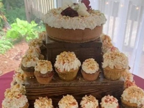 Keylime Cheese cake with 100 Blinged out Cupcakes