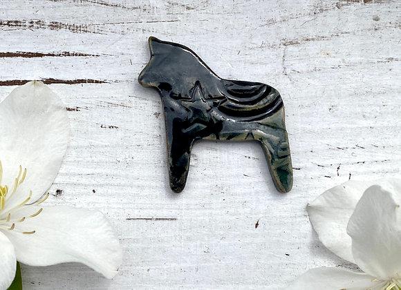 Dala Horse Pin [SC#9]