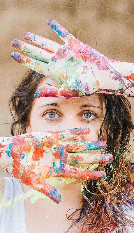 Art By Jen Duran Headshot.jpg