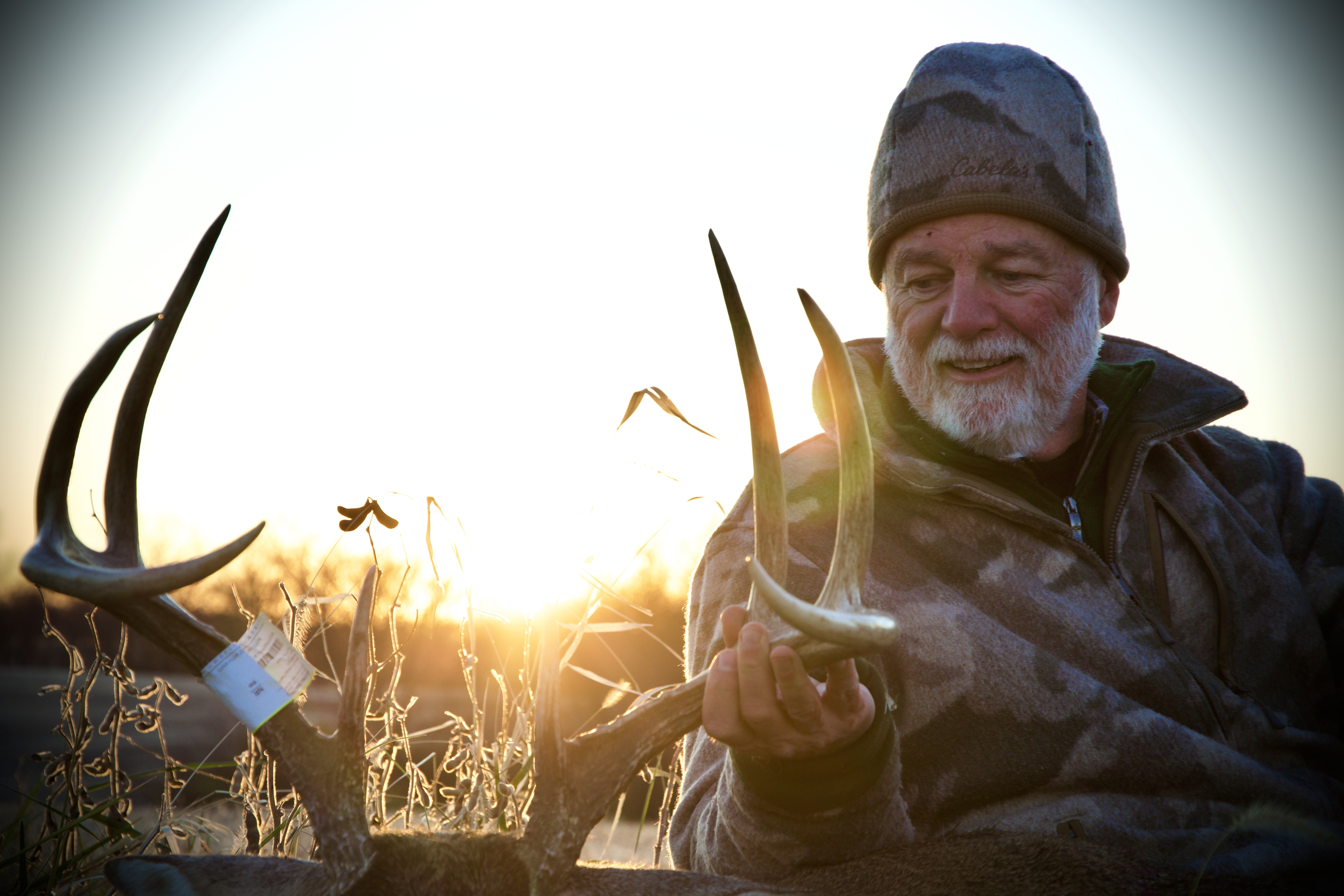 Iowa Whitetail Deer Hunts | MDL OUTFITTERS