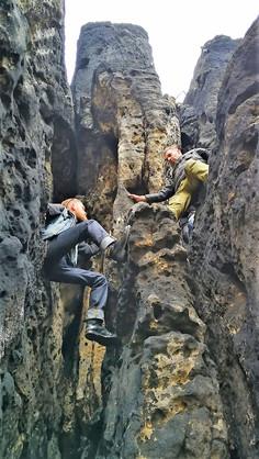 Räuber-Kletter-Höhlentour